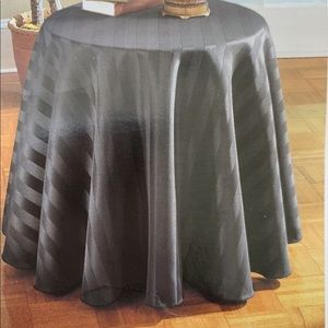 "70"" Navy Round Tablecloth"